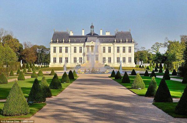 Château Louis XIV est devenu la maison la plus chère du monde quand il s