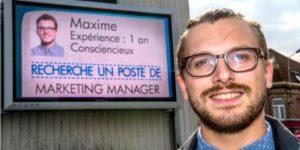 Des CV de chômeurs à l'affiche dans 33 villes françaises