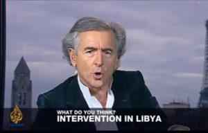 Capture d'écran de Bernard-Henri Lévy lors d'une interview accordée en duplex à la chaîne Al-Jazeera en anglais, le 11 mars 2011.