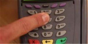 Une caméra thermique iPhone suffit pour voler un code de carte bleue : Comment s'en prémunir !