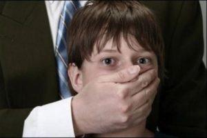 Le journal « Le Parisien » prend la défense du pédophile Jean-Pierre Rozencweig