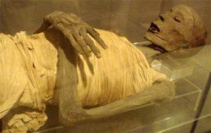 L'origine de la momification remise en question