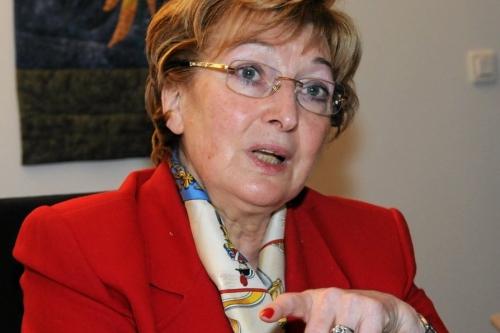ANNE-MARIE ESCOFFIE