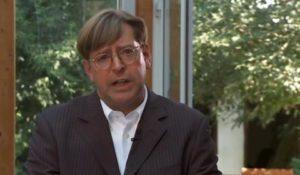 Udo Ulfkotte : Le Mossad a alimenté les révoltes dans les banlieues (Partie 2)