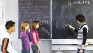 Belgique : Le gouvernement « de droite » veut baisser la majorité sexuelle à 14 ans