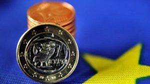 Les salaires grecs ont diminué de 24%