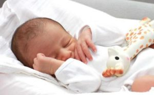 Vers une réduction du congé parental en 2015 ?